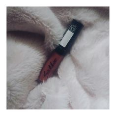 One of my favourite make up products is on my blog. A matte lipstick from Flormar.