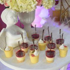 "25 Me gusta, 0 comentarios - Maria del Pilar Núñez Vega (@poshdecobox) en Instagram: ""Detalles de la mesa para Luciana. . . . . . #decoracioneventosBogota #decoracionbautizo…"" Baby Shower, Cake, Desserts, Instagram, Food, Babyshower, Tailgate Desserts, Deserts, Kuchen"