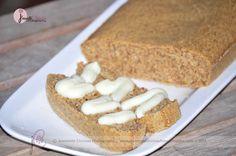 TORTA DE ALMENDRAS 1 1/2 taza de Harina de Almendras 1/2 taza de mant de almendra derretida 2 claras de huevo y 1 amarilla 3 sobres de Truvía Vainilla al gusto Canela P: Mezclar todos los ingredientes y lleva al horno, dependiendo de tu horno sera el tiempo que necesite la torta para estar lista! en mi horno se tomo 30 min a 300 grados C. la crema la hice con 1 scoop de WP de  Isolate y un chorrito de agua, 1 cdita de Maizena para espesar y en el microondas calentar y revolver