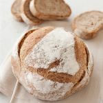 La pasta madre dà un aroma più intenso e un gusto più deciso al pane: scopri come nella ricetta di Sale