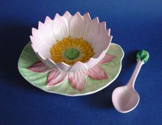 Superb Carlton Ware Pink Water Lily Preserve Dish and Spoon (Sold) Carlton Ware, Antique Perfume Bottles, Vintage China, China Porcelain, Preserves, Tea Pots, Stuffed Peppers, Plates, Pink