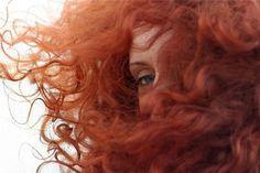Wind in Merida curly hair Brave, Hawke Dragon Age, Rachel Elizabeth Dare, Anna Y Elsa, Eleanor And Park, Catty Noir, Yennefer Of Vengerberg, Disney Aesthetic, Green Gables