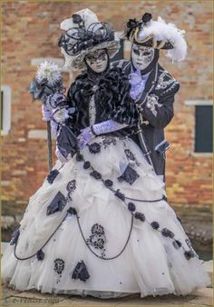 Unbelievable masquerade costumes from Carnaval Venice