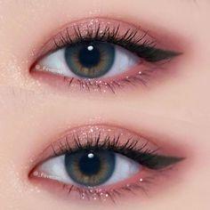 Trendy Eye Korean Make Up Asian Makeup Ideas Trendy Eye Korean Make Up Asian Makeup IdeasBeauty Hacks for Teens - Eye Makeup Tricks - Worth Knowing - DIY Makeup Tips and H # Eyes # Beauty . Makeup Korean Style, Korean Makeup Tips, Asian Eye Makeup, Pink Eye Makeup, Eye Makeup Art, Natural Eye Makeup, Eyeshadow Makeup, Pink Eyeshadow, Hair Makeup
