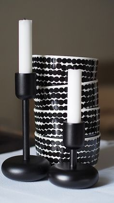 Marimekko and Iittala                                                       … Nordic Home, Scandinavian Interior, Marimekko, Black And White Interior, Nordic Design, White Cottage, White Houses, Home Deco, Cheap Things