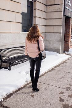 the best pink puffer jacket (currently on sale)! Winter Looks, Winter Style, Winter Fashion Outfits, Puffer Jackets, Outfit Ideas, Couture, Chic, Blog, Pink