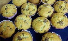 Κέικ με κρέμα και βύσσινο Muffin, Breakfast, Food, Morning Coffee, Essen, Muffins, Meals, Cupcakes, Yemek
