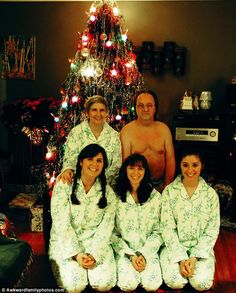 Somebody put a pajama top on dad! awkward family photos - Google Search