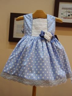Menudets-moda infantil.  American Girl Doll dress pattern. Cute dress with a short Shrug it would be perfect for Church.