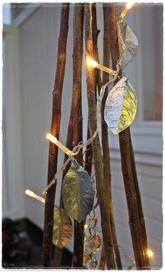 Hopeiset hetket: Hopeiset lehdet - romusta kaunista Wall Lights, Arts And Crafts, Wire, Decoration, Metal, Jewelry, Design, Xmas, Accessories