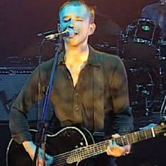 Wish I had gone to this show! Probably wouldn't have really enjoyed it at age 10, hahaa. Flashback: Radiohead Perform 'Paranoid Android' at Glastonbury in 1997