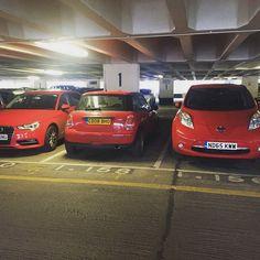 Spot the #ecofriendly one... #nissanleaf #Nissan #leaf #zeroemissions #audi #audia3 #Redcar #mini #bmwmini #carpark #carspotting #electriccar #electricvehicle #EV #evperformance #instapic #caroftheday #caroftheweek by evperformance