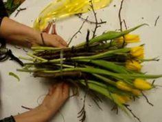 Blumendeko mit Tulpen selber machen. Tischdekoration Tutorials