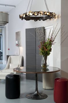 OCHRE London showroom in the Clerkenwell design district. Gold Furniture, Table Furniture, Furniture Design, Ochre Lighting, Wall Sconce Lighting, Interior Decorating, Interior Design, Apartment Design, Contemporary Furniture