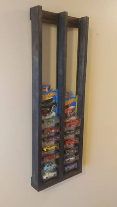 Toy Display, Display Shelves, Display Case, Hot Wheels Storage, Hot Wheels Display, Toy Storage Shelves, Storage Ideas, Matchbox Cars, Cool Ideas