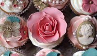 Gold luxury rococo cupcakes