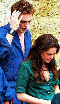 Rob and Kristen on New Moon Italy set
