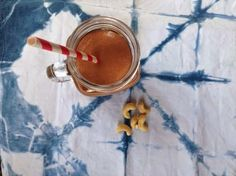 Rosedog & Co Raw Cacao Banana Smoothie