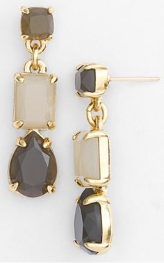 grey and gold linear earrings  http://rstyle.me/n/mya8ipdpe