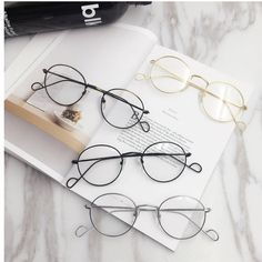Men Women Vintage Round Circle Eyeglasses Clear Lens Casual Glasses is hot sale at NewChic, Buy cool sunglasses now. Circle Glasses, Cute Glasses, Glasses Frames, Cat Eye Sunglasses, Round Sunglasses, Sunglasses Women, Women Accessories, Fashion Accessories, Fashion Eye Glasses