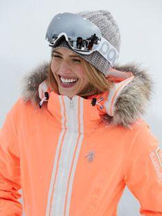 ski fashion l ski jacket + skit hat + ski goggles l #ski vacation