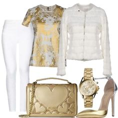 ORO SU BIANCO - I jeans bianchi Elisabetta Franchi sono abbinati ad una  giacca bianca a eed7c58decf