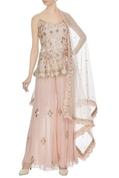 Buy Pink mirror & resham embroidered spaghetti kurta by Ritika Mirchandani at Aza Fashions Indian Fashion Dresses, Dress Indian Style, Indian Outfits, Pakistani Bridal Dresses, Pakistani Dress Design, Lehnga Dress, Lehenga, Anarkali, Mehendi Outfits