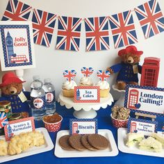London Party, England Party, British Party - Around the World- Craft Days & Parties Color Photos Paddington Bear Tea Party! London Theme Parties, British Themed Parties, Uk Parties, Royal Tea Parties, London Party, Royal Party, British Party, Bear Birthday, 1st Birthday Parties