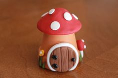 This listing is for one (1) fairy (or gnome) house. It stands 3 tall and is 2 in diameter. Still small but packs a big punch! Lots of detail and