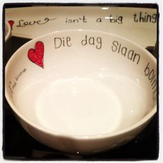 Deep Soup Bowl - Die dag slaan bolmakiesie reg voor my deur. My Land, Afrikaans, Word Art, South Africa, Projects To Try, Pottery, Entertaining, Words, Crafts