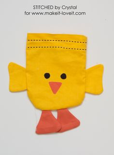 Sew a drawstring chick treat bag, perfect for filling with Easter treats! This is a quick and easy sewing project that would make a great addition to your kids Easter baskets! Sewing Basics, Sewing For Beginners, Sewing Hacks, Sewing Crafts, Sewing Projects For Kids, Sewing For Kids, Bunny Bags, Fabric Purses, Love Sewing