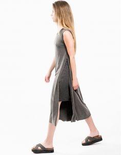 Vestido fade out. Double Agent, la marca de ropa dirigida al público adolescente a precios asequibles y con una estética vinculada a Estados Unidos.