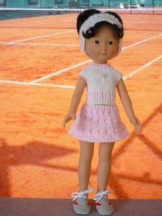 Liens vers patrons pour cette jolie tenue de tennis  Stickatillbarbie no416, aiguilles 3mm, et no888, aiguilles 3,5mm