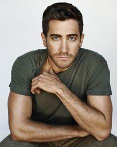 Jake Gyllenhaal- gorgeous