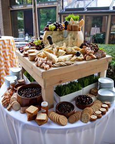 FCI Catering & Events makes sure their cheese bars include aged cheese, soft cheese, firm cheese, and blue cheese. The food bar also… (Cheese Table) Rustic Wedding Foods, Wedding Reception Food, Wedding Catering, Catering Events, Wedding Ideas, Trendy Wedding, Catering Buffet, Catering Food, Wedding Details
