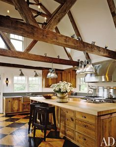 Rustic Kitchen by Karin Blake and Nantucket Architecture Group in Nantucket, Massachusetts