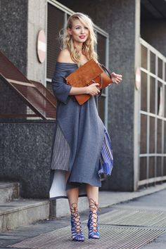 ohhcouture.com | Chloé Faye bag, off shoulder dress, layering, blue strappy heels, oversized | #mfw #ohhcouture #LeonieHanne