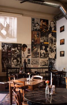 Tacheles (c) STADTBEKANNT - Das Wiener Online Magazin Morning Has Broken, Online Magazine, Lokal, Store Fronts, Vienna, Photo Wall, Restaurant, Frame, Home Decor