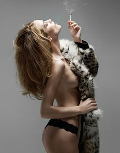 lelaid: Rosie Huntington-Whiteley by Yu Tsai for DT Spain, January 2010