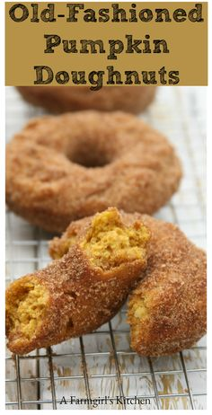 Old Fashioned Pumpkin Doughnuts are so flavorful and perfect for fall. Roll these Pumpkin Doughnuts are rolled in sugar and cinnamon while they are warm. Pumpkin Doughnut Recipe, Doughnut Cake, Pumpkin Recipes, Fall Recipes, Real Food Recipes, Baking Recipes, Baked Donut Recipes, Baked Doughnuts, Pumpkin Scones
