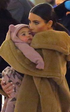 Kim Kardashian and North West Feb 2014 Kardashian Dresses, Kardashian Beauty, Kardashian Style, Kardashian Jenner, Kim Kardashian And North, Kim And Kanye, Kardashian Family, Kim Khloe Kourtney, Kim And North