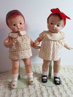 """Here is Left-glancing Patsy with her sister, a right-glancing Patsy. While they were selling these unusual dolls, no one seemed to notice they were looking the """"wrong"""" way! My bonus!"""