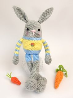 Billy and Betty bunny amigurumi pattern by Janine Holmes at Moji-Moji Design