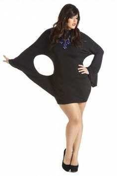 I LOVE. LOVE, LOVE this as a LBD SHOWSTOPPER!!!  (11.12 - Fashion to Figure)