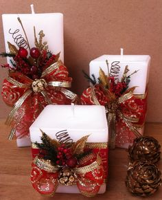 25 Elegant Christmas Candles Decoration Ideas 16 25 Elegant Christmas Candles Decoration Ideas & rudsmyhome The post 25 Elegant Christmas Candles Decoration Ideas 16 appeared first on Belle Ouellette. Ribbon On Christmas Tree, Christmas Porch, Elegant Christmas, Christmas Candles, Christmas Centerpieces, Christmas Wreaths, Easy Homemade Christmas Gifts, Diy Christmas Videos, Christmas Stairs Decorations