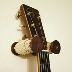 DIY shabby vintage Guitar holder hook hanger wall mount Ukulele Wall Mount, Guitar Wall Hanger, Diy Guitar Stand, Guitar Storage, Interior Design Advice, Studio Apartment Decorating, Used Vinyl, Shabby Vintage, Diy Wall