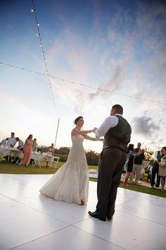 Hawaiian Ranch Ceremony { Real Oahu Wedding} - Modern Weddings Hawaii : Bridal Inspiration #hawaii #love #marriage