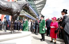Impressive: The striking bronze statue of legendary racehorse Frankel was created by sculptor Mark Coreth