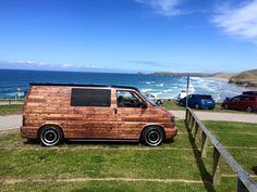 Cool woody vinyl Vw Transporter Campervan, Volkswagen Transporter T4, Camper Van Life, T5 Camper, Vinyl Wrap Car, Day Van, Van Wrap, Cool Vans, Busse