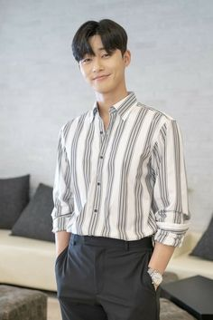 """Park Seo Joon Speaks About Warm Mutual Support With Friends From """"Hwarang"""" Witch's Romance, Park Hyung Sik, Asian Actors, Korean Actors, Song Joon Ki, Park Seo Joon, Kdrama Actors, Lee Min Ho, Asian Men"""